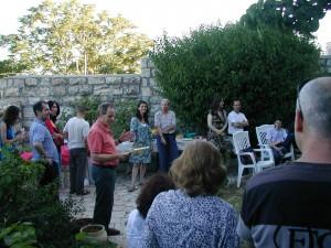 Graduates thank the Arabic and Hebrew teachers